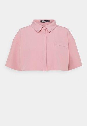 CROPPED SINGLE POCKET SHIRT - Skjorta - blush