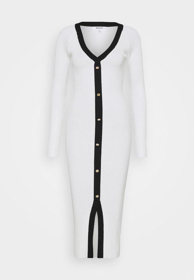 BUTTON THROUGH CARDI DRESS - Stickad klänning - cream