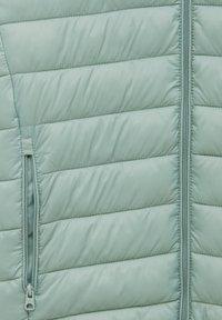 PULL&BEAR - Winter jacket - light green - 11