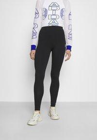 adidas Originals - TIGHT - Leggingsit - black/white - 0