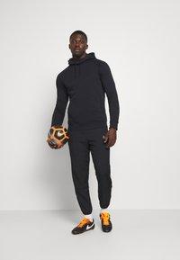 Nike Performance - PARIS ST GERMAIN HOOD - Article de supporter - black - 1