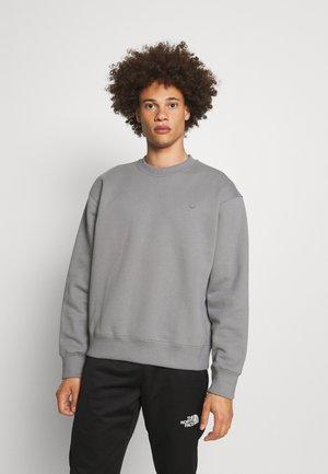 CREW - Sweatshirt - grey three