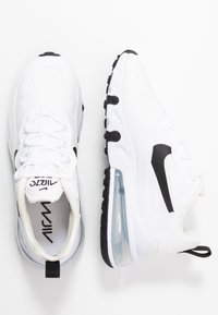 Nike Sportswear - AIR MAX 270 REACT - Sneakersy niskie - white/black/metallic silver - 3