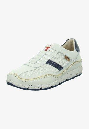 Sportieve veterschoenen - weiß - kombi