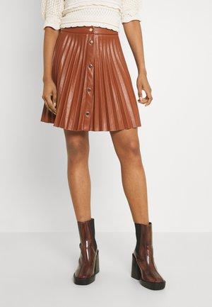 VIAMINA SHORT BUTTON COATED SKIRT - Pleated skirt - tortiose shell