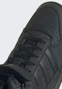 adidas Originals - High-top trainers - black - 8