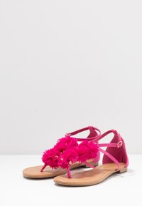 Dorothy Perkins - FLEURS  - T-bar sandals - pink - 4