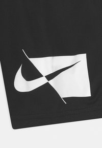Nike Performance - Urheilushortsit - black - 2