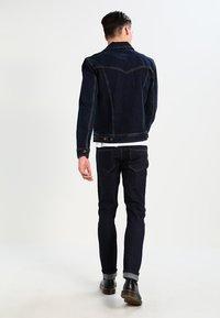 Wrangler - WESTERN - Denim jacket - blue black - 2