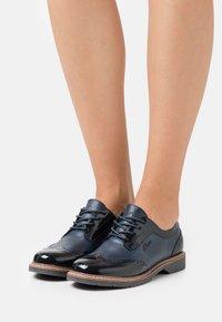 s.Oliver - LACE UP - Šněrovací boty - navy - 0