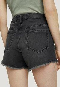 TOM TAILOR DENIM - Denim shorts - destroyed dark stone grey deni - 4