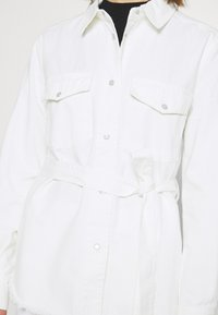 Nly by Nelly - BELTED WORKER - Bluser - white - 5