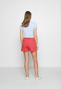 Polo Ralph Lauren - SLIM SHORT - Shorts - nantucket red - 2