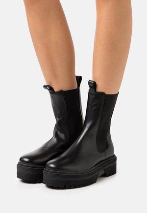 GOING - Platåstøvler - black