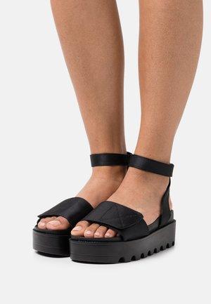LANARK - Korkeakorkoiset sandaalit - black