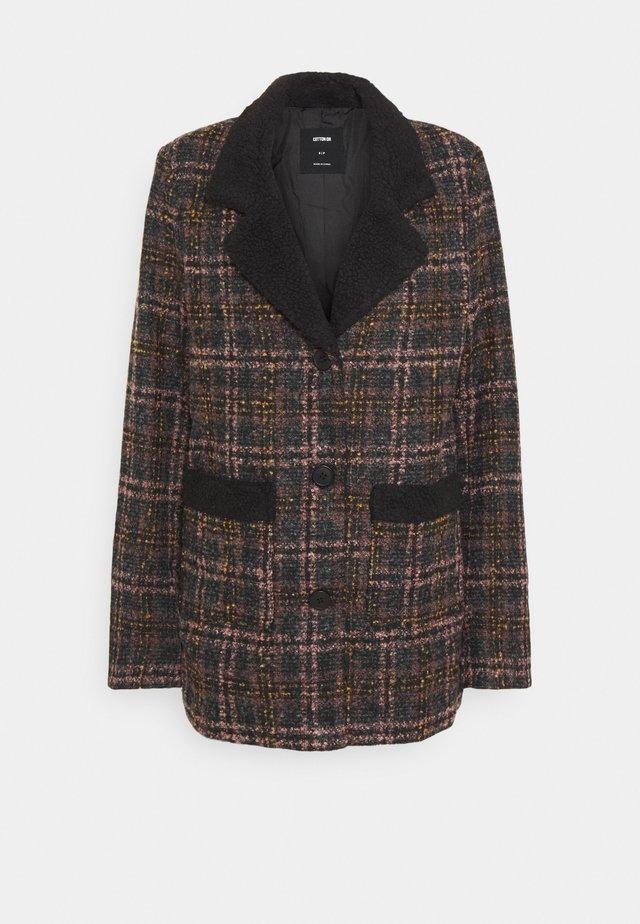 CHECK COAT - Cappotto corto - brown