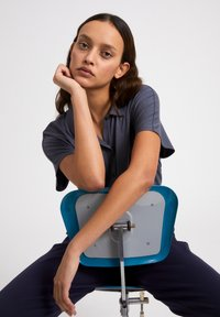 ARMEDANGELS - NAALA - Button-down blouse - indigo - 4