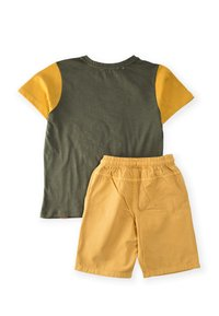 Cigit - SET - Shorts - green - 1
