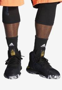 adidas Performance - PRO BOUNCE 2019 SHOES - Basketball shoes - black - 0