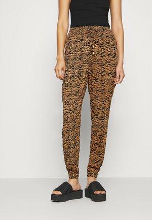 MOLA AMBER PANT - Trousers - black/sierra