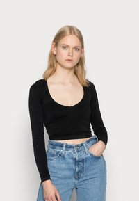 BDG Urban Outfitters - LONG SLEEVE V NECK - Long sleeved top - black - 0