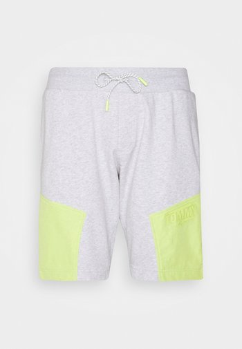 COLORBLOCK  - Shorts - silver grey heather/faded lime