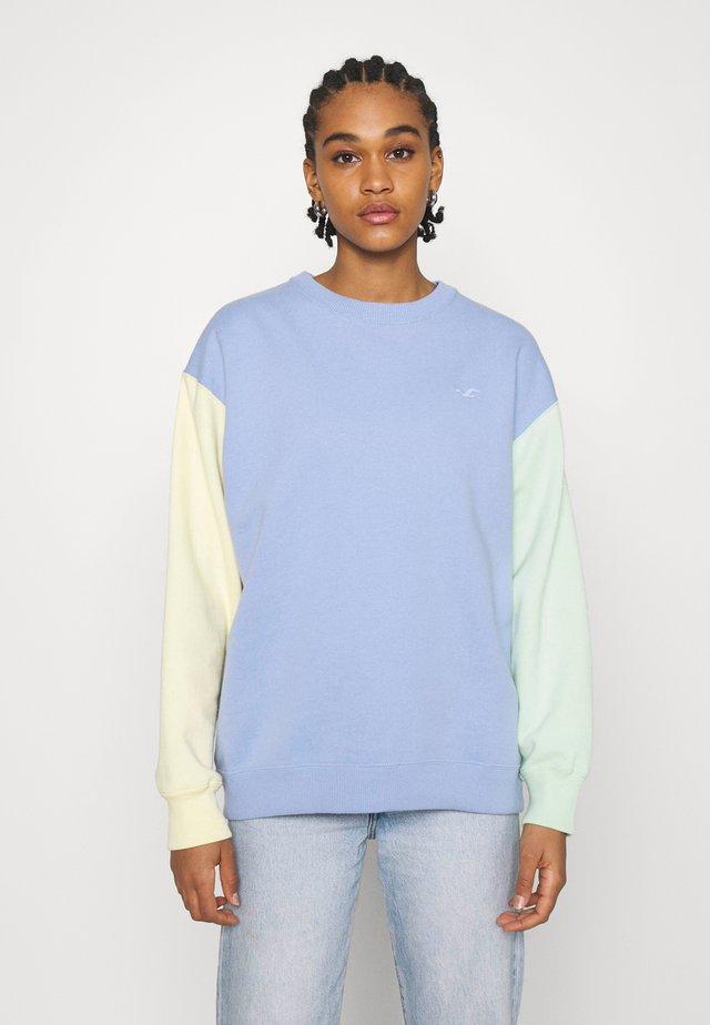 COLORBLOCK TREND CREW  - Sweatshirt - lavender