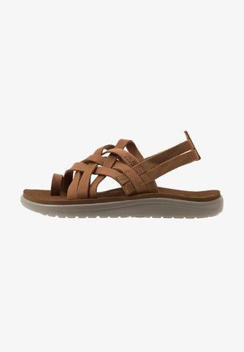VOYA STRAPPY WOMENS - Walking sandals - chipmunk