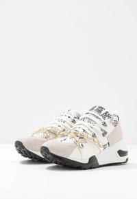 Steve Madden - CREDIT - Sneakers - white - 4
