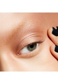 MAC - BRING BACK SMALL EYESHADOW - Eye shadow - all that glitters - 2