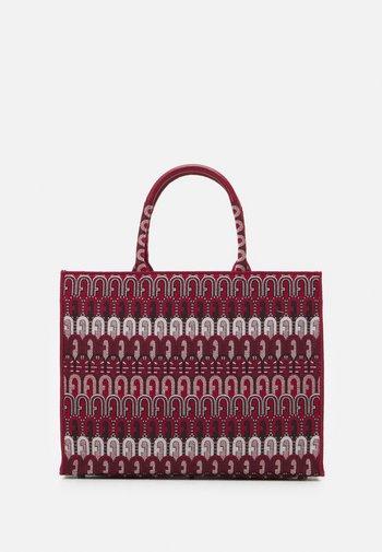 OPPORTUNITY TOTE - Tote bag - toni ciliegia