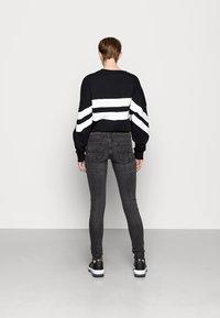 Pepe Jeans - PIXIE - Jeans Skinny Fit - black - 2