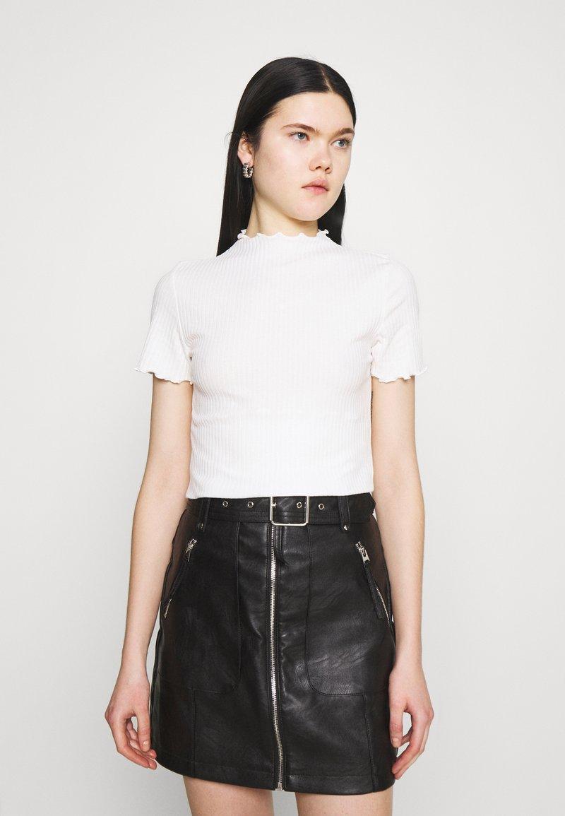 ONLY - ONLEMMA HIGHNECK - T-shirts - egret