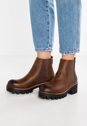 SAURO - Ankle boots - karma tan
