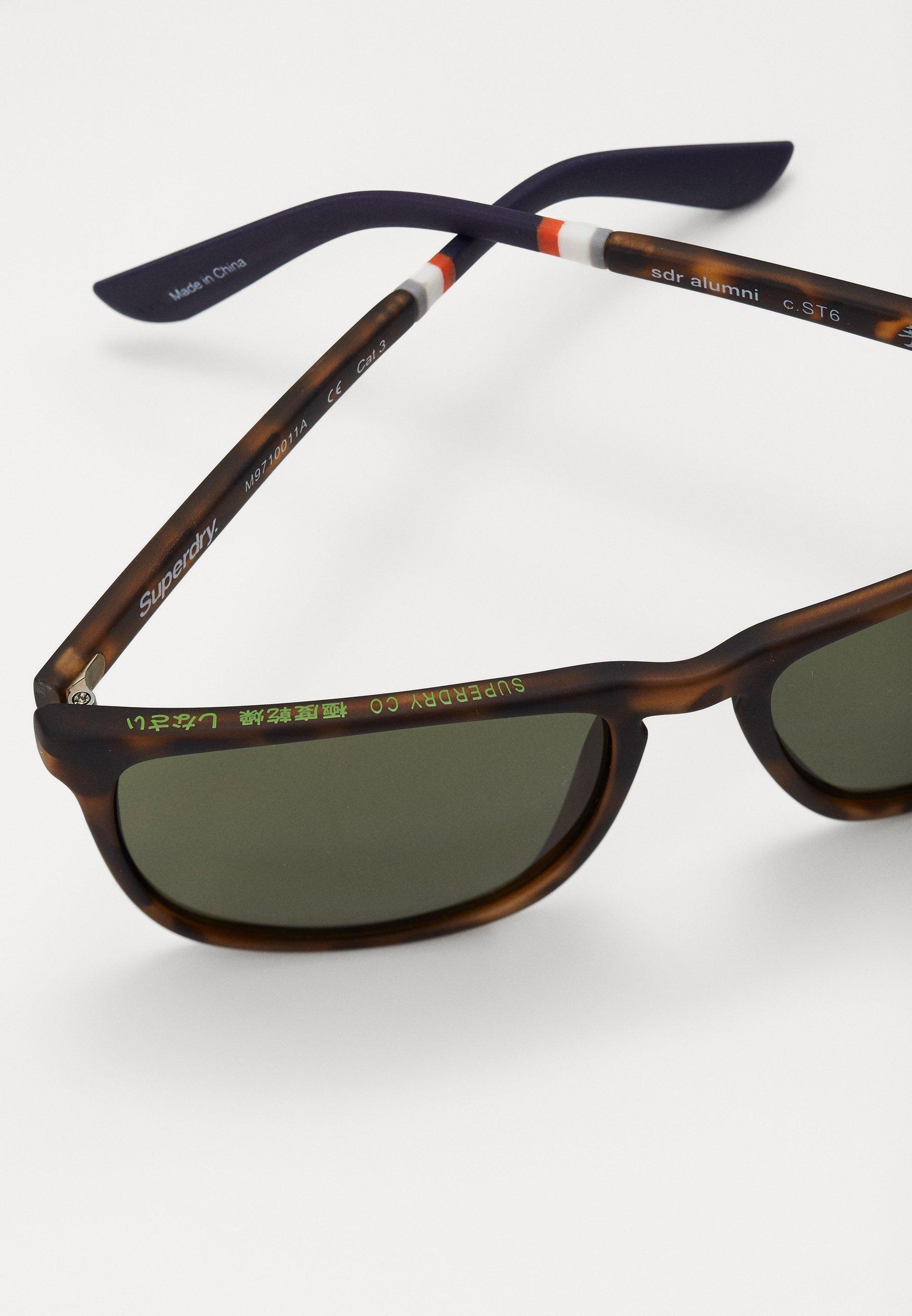 Superdry ALUMNI - Sonnenbrille - matte tort/vintage green/braun - Herrenaccessoires DNsDw