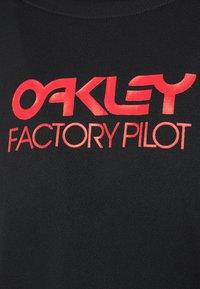 Oakley - SWITCHBACK TRAIL TEE - Long sleeved top - blackout - 2