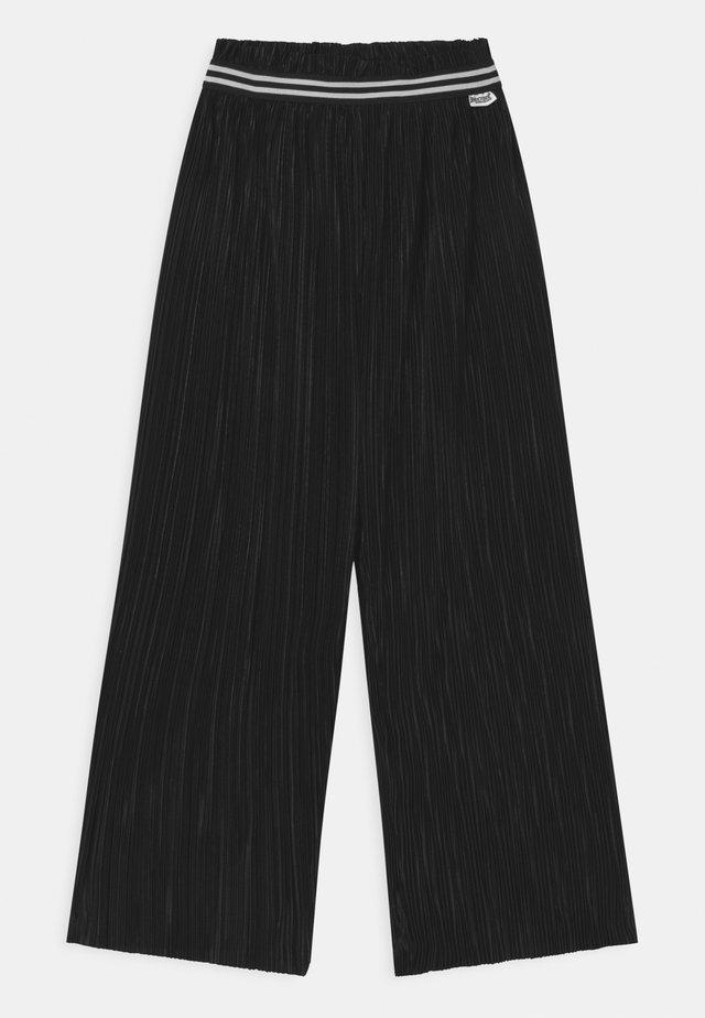 CYNTHIA - Pantaloni - black