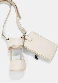 Esprit - Across body bag - light beige - 3