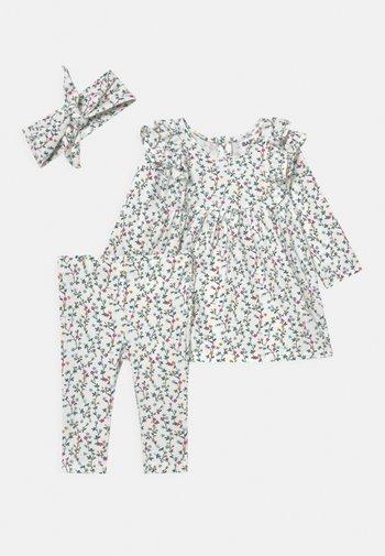 BUNDLE MANDY DRESS QUINN SET - Leggings - vanilla/turtle green
