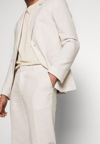 Isaac Dewhirst - PLAIN WEDDING - Oblek - neutral - 7