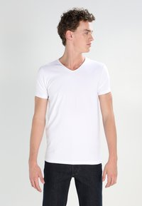 Petrol Industries - 2 PACK - T-shirt - bas - bright white - 1