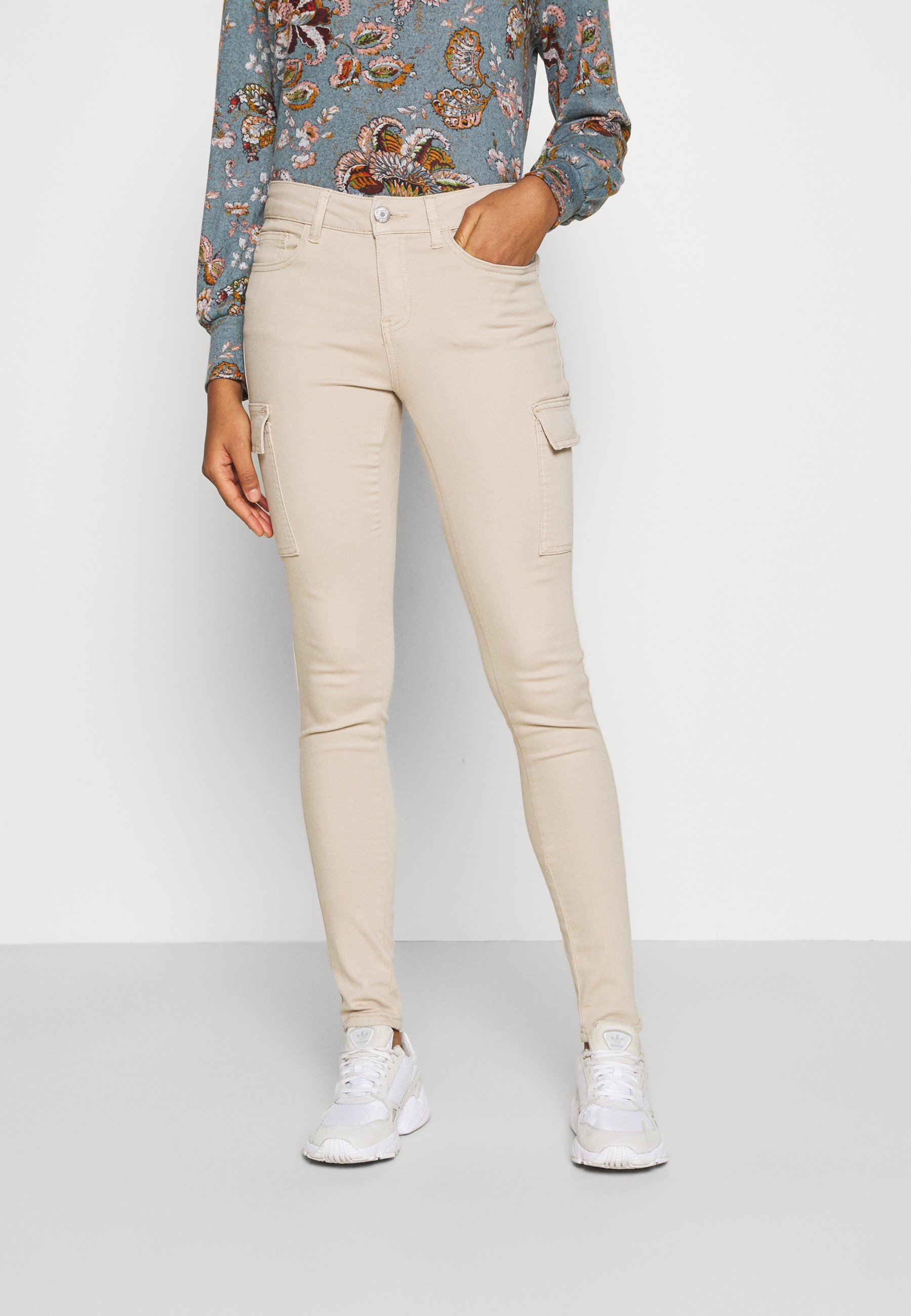 Women NMLUCY UTILITY PANTS - Cargo trousers