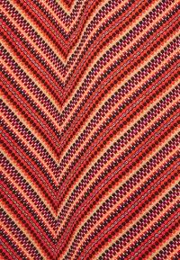 TOM TAILOR - SKIRT  - Pencil skirt - red - 2