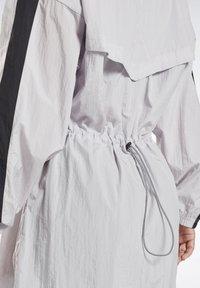 Reebok - STUDIO HIGH INTENSITY JACKET - Short coat - sterling grey - 5