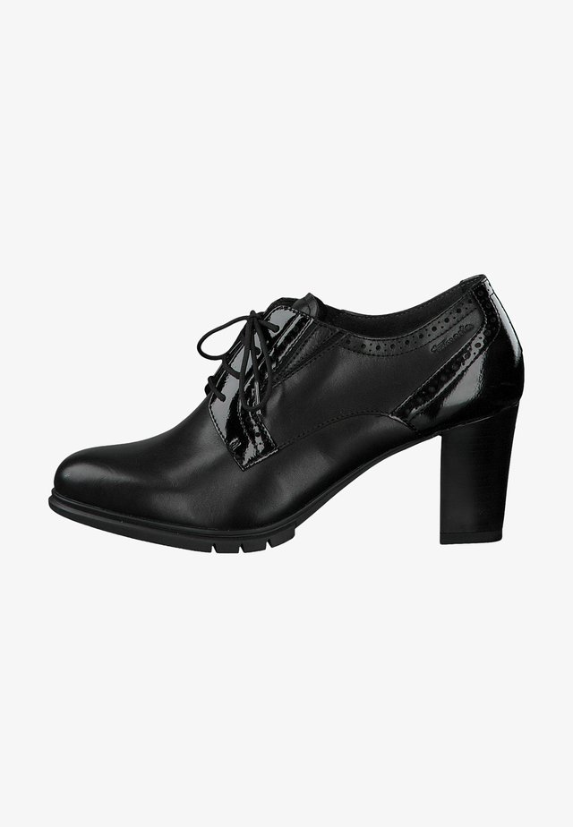 Lace-ups - black/patent