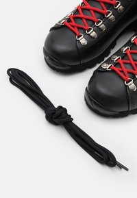 Scarpa - PRIMITIVE UNISEX - Hiking shoes - black/red - 5