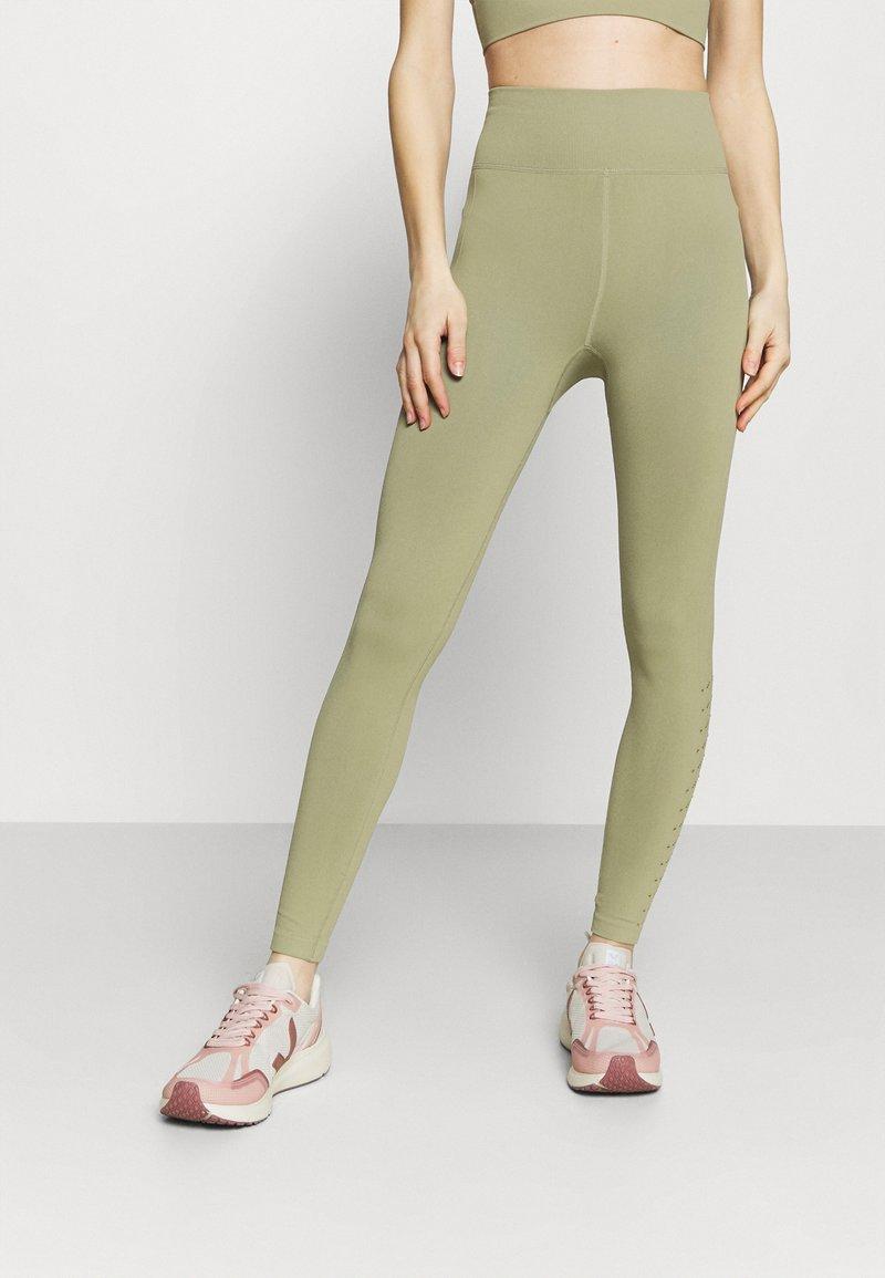 Cotton On Body - LIFESTYLE SEAMLESS 7/8 YOGA  - Leggings - oregano