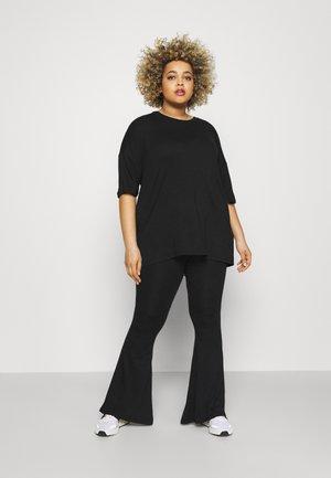 SET - Pantalones - black