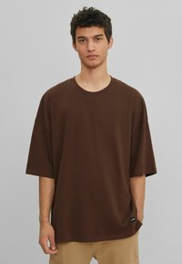 Bershka - Basic T-shirt - brown - 0