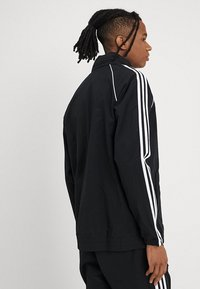 adidas Originals - Chaqueta fina - black - 2